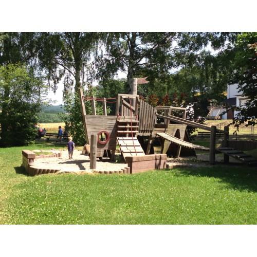 Bild 1: Spielplatz Erbach