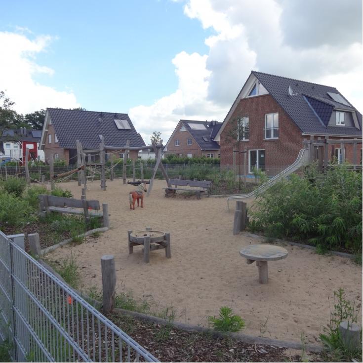 Bild 1: Spielplatz Am Habichtshorst