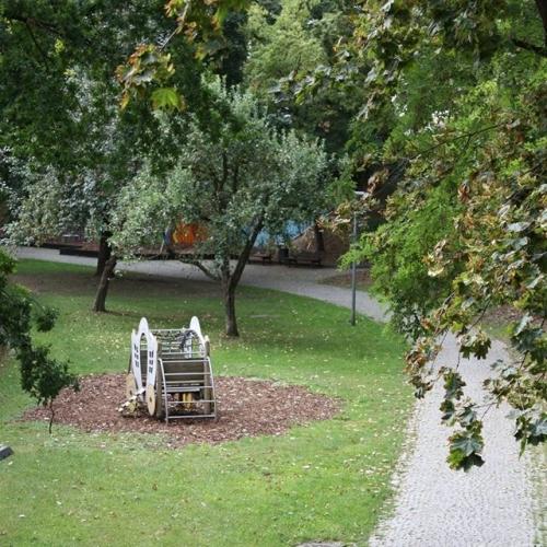 Bild 4: Kaiser-Wilhelm-Ring / Stadtgraben