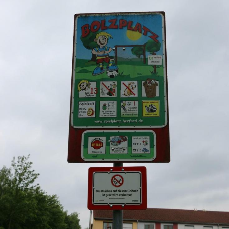 Bild 5: Ballspielplatz Mälzerweg