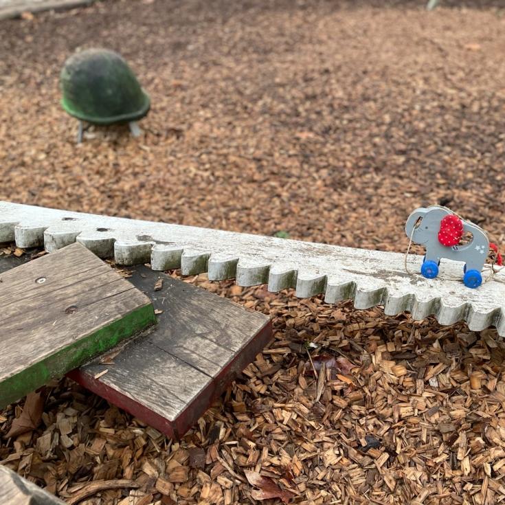 Bild 7: Baustellen-Spielplatz