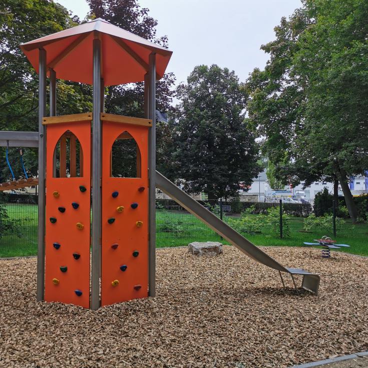 Bild 3: Spielplatz an der Blücherstraße