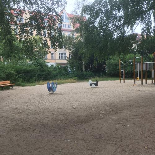 Bild 2: Friedrich-Franz-Straße