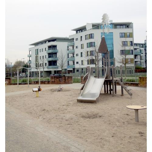 Bild 1: Kleinkindspielplatz / Bolzplatz Citypark