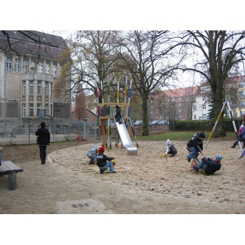 Bild 2: Demmlerplatz
