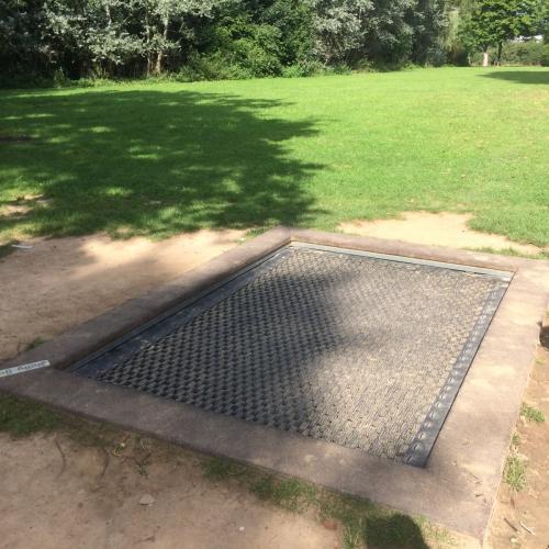 Bild 2: Engelsgarten
