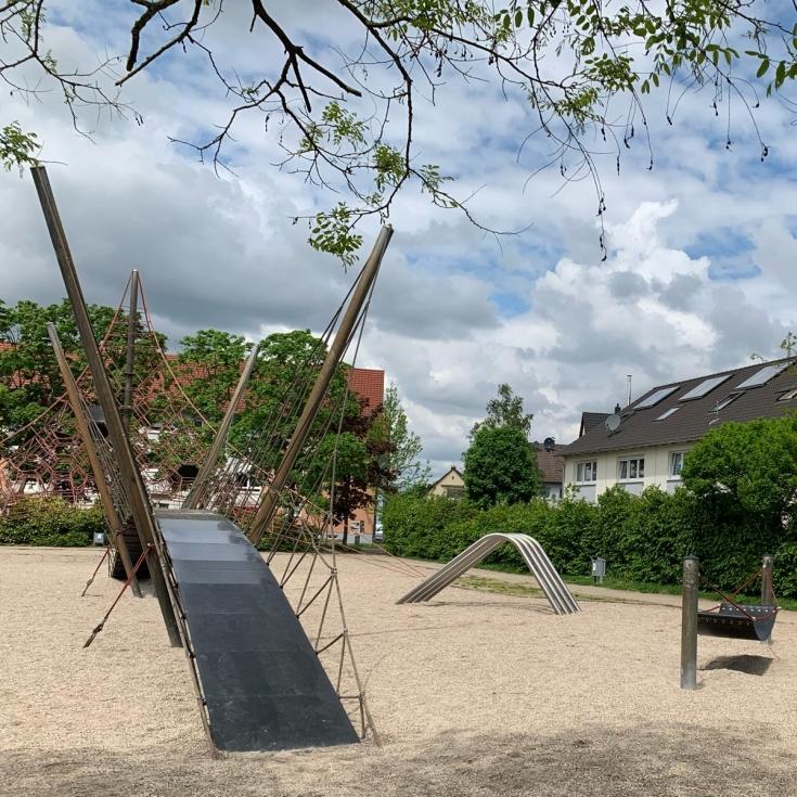 Bild 1: Entensee Spielplatz