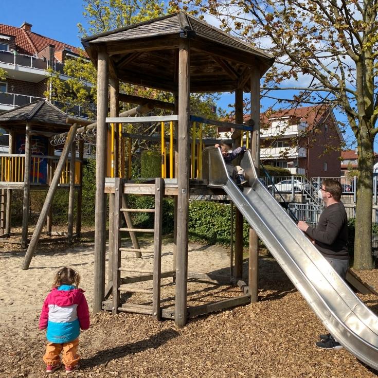 Bild 1: Gertrud-Bäumer-Straße / Rudolf-Nagell-Straße