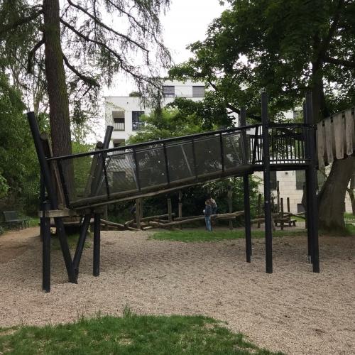 Bild 2: Heinrich-von-Bibra-Platz