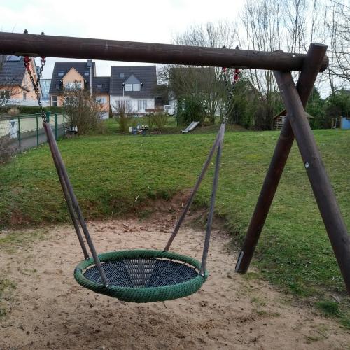 Bild 2: Spielplatz Schöffenstühl