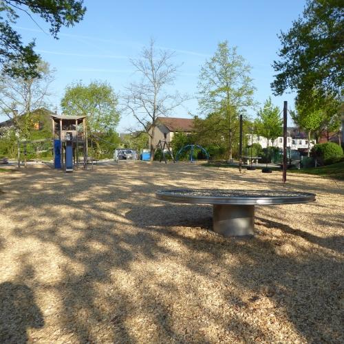 Bild 2: Kinderspielpaltz Eckenerstraße