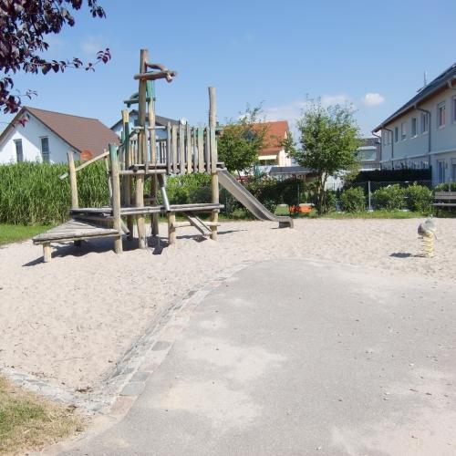 Bild 1: Kinderspielplatz Siebenmorgenweg
