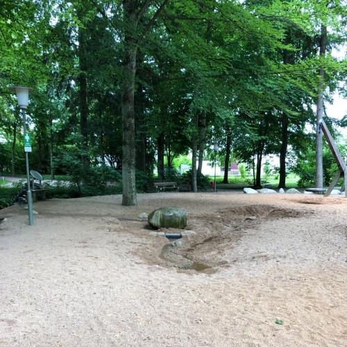 Bild 2: Wasserspielplatz im Luitpoldpark