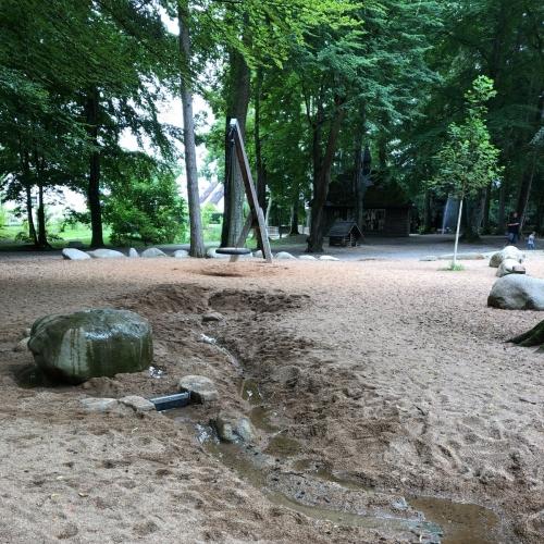 Bild 3: Wasserspielplatz im Luitpoldpark