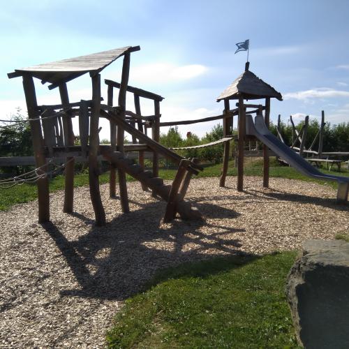 Bild 1: Naturerlebnis-Spielplatz Willingen