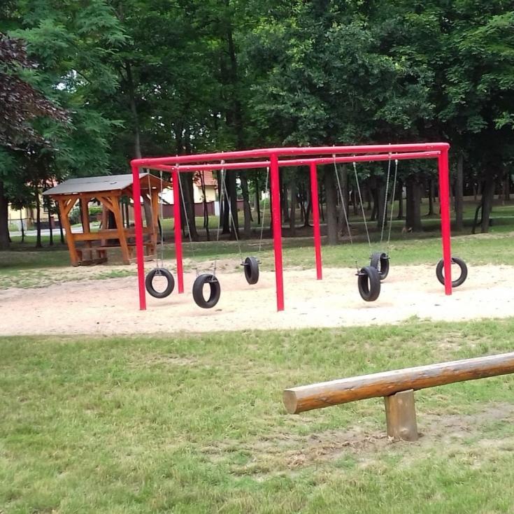 Bild 3: Spielplatz im Schützenpark