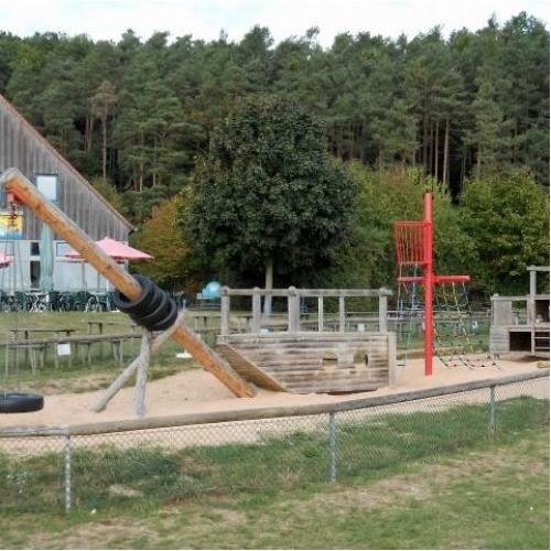 Bild 1: Piratenschiff am Brommbachsee / Arche