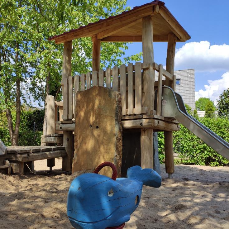 Bild 3: Piratenspielplatz
