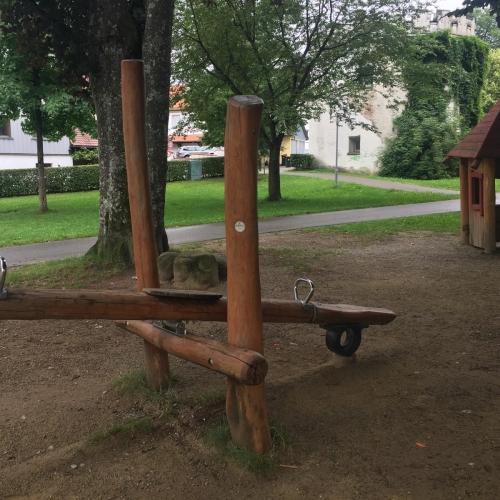 Bild 6: Ritterspielplatz