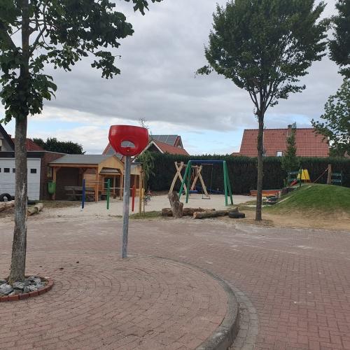 Bild 1: Sachsenringer Spielplatz