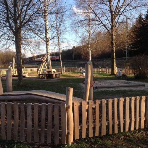 Bild 2: Skateranlage und Spielplatz Wannweil