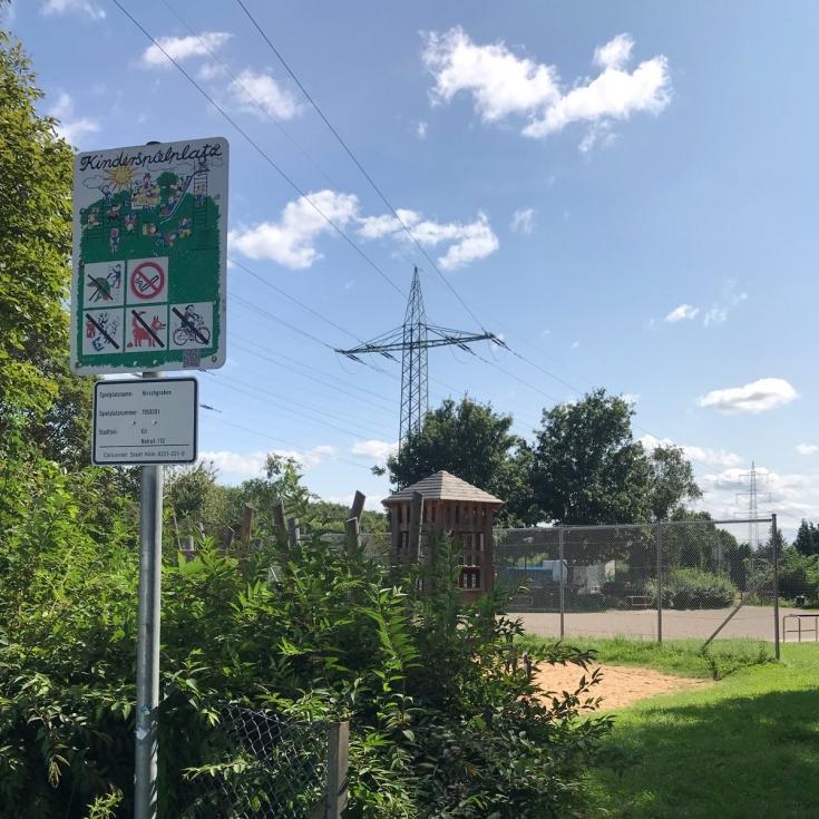 Bild 9: Spiel- und Bolzplatz am Hirschgraben