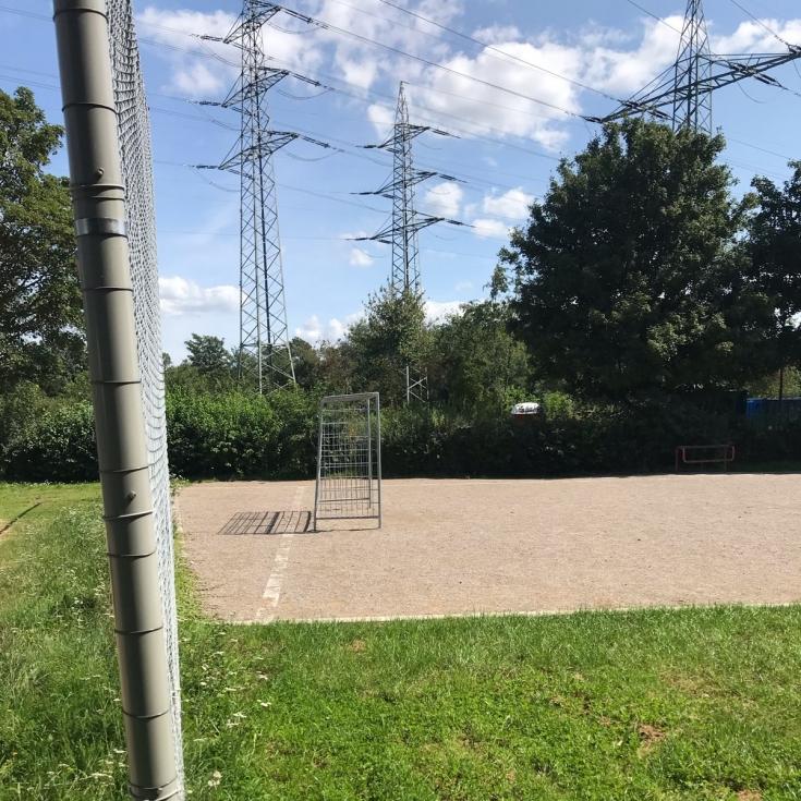 Bild 7: Spiel- und Bolzplatz am Hirschgraben