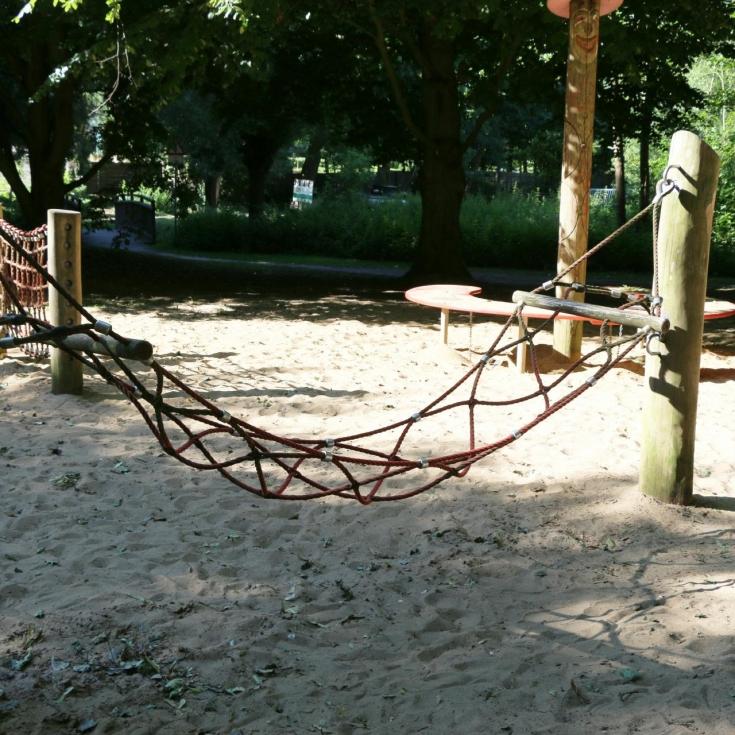 Bild 5: Spiel- und Bolzplatz Breslauer Straße