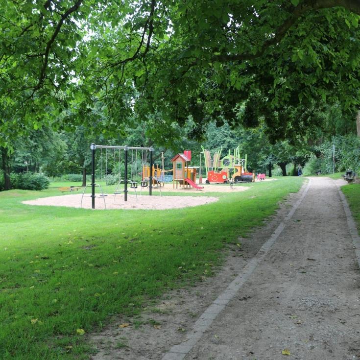 Bild 6: Spiel- und Bolzplatz Meisenpfad