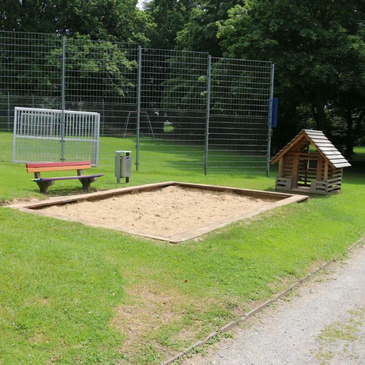 Bild 12: Spiel- und Bolzplatz Ortsieker Weg