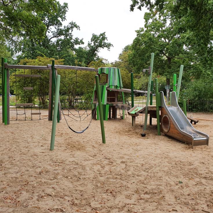 Bild 4: Spielplatz am Augustaplatz