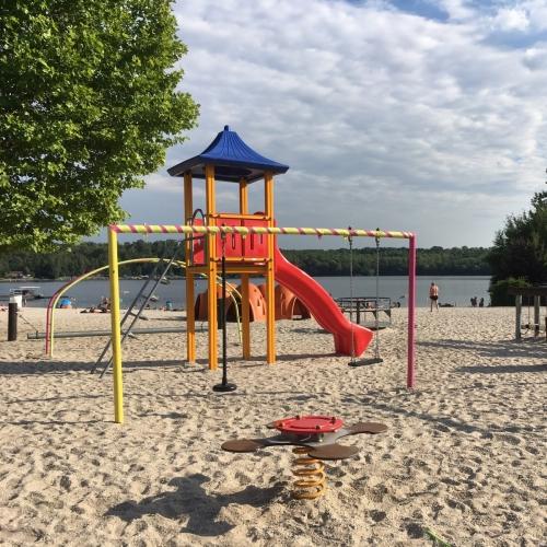 Bild 3: Spielplatz am Liblarer See