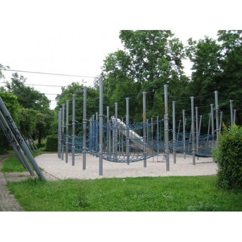 Bild 1: Spielplatz am Park der ODF