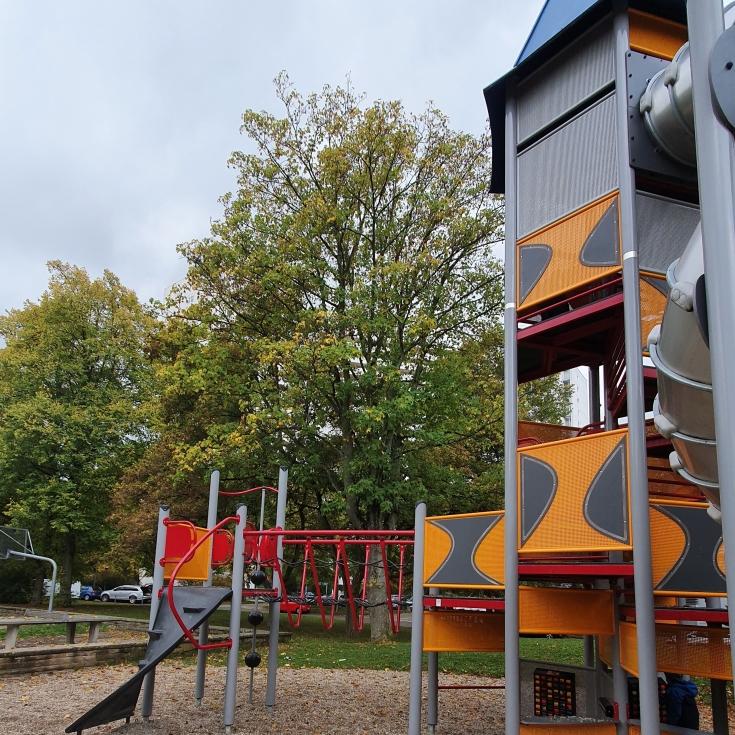 Bild 4: Spielplatz am Solferinoweg im Fasanenhof