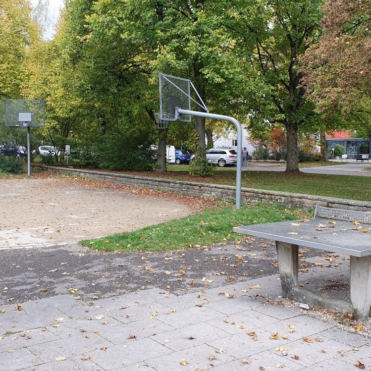 Bild 5: Spielplatz am Solferinoweg im Fasanenhof
