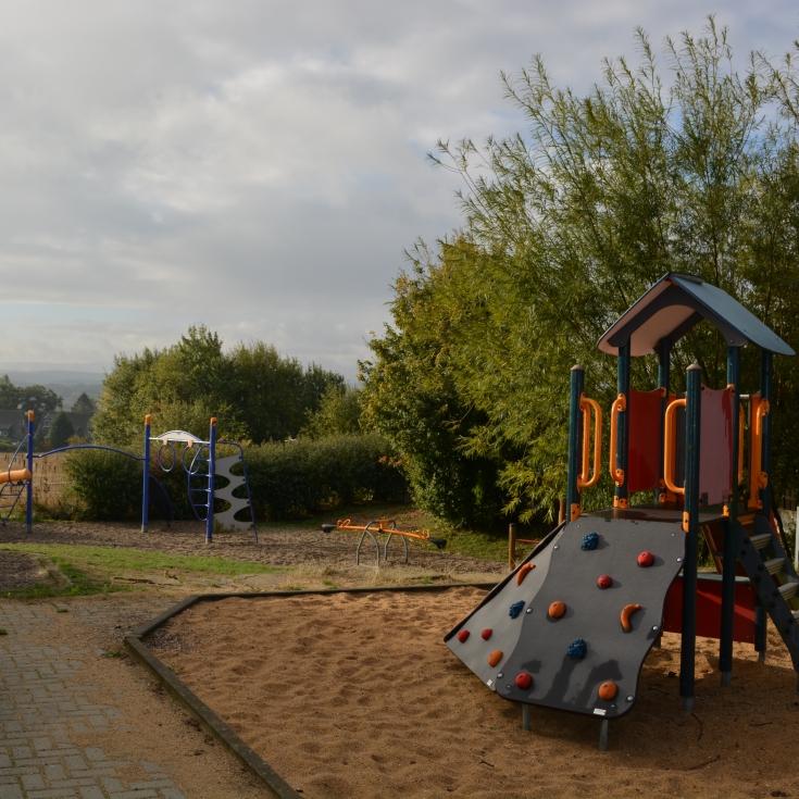 Bild 1: Spielplatz am Wimblech