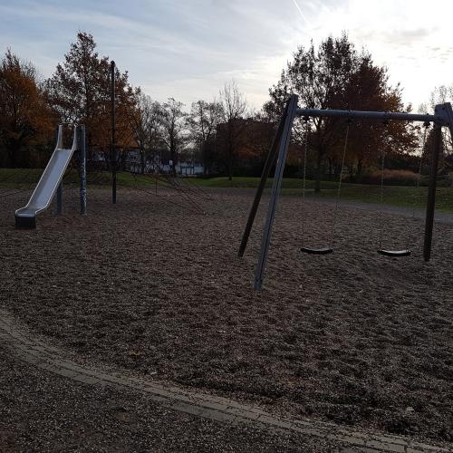 Bild 2: Spielplatz B8 / Vierlinden