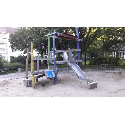 Bild 1: Spielplatz beim KWR
