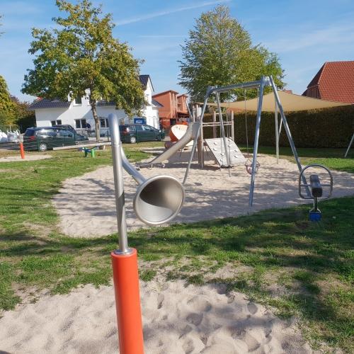 Bild 1: Spielplatz Dierksweide