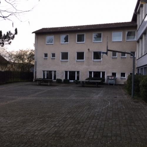 Bild 7: Spielplatz Grimmeschule