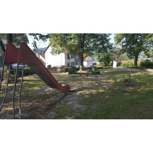 Bild 1: Spielplatz Heidestraße