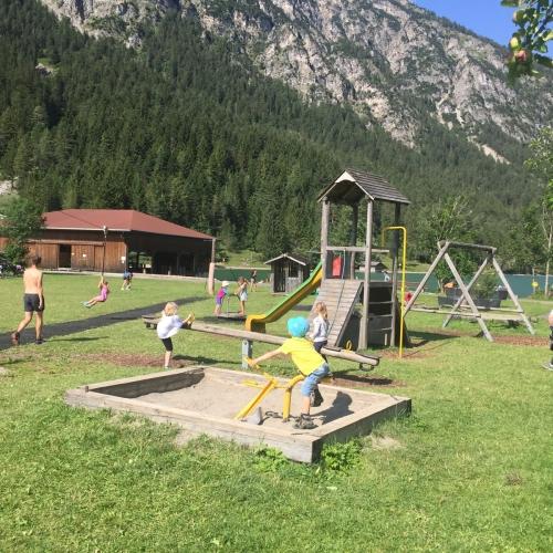 Bild 1: Spielplatz Heiterwangersee