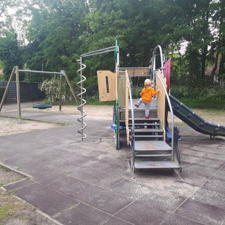 Bild 1: Spielplatz hinter dem Pumpwerk