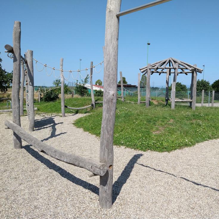 Bild 2: Spielplatz Ichenheim