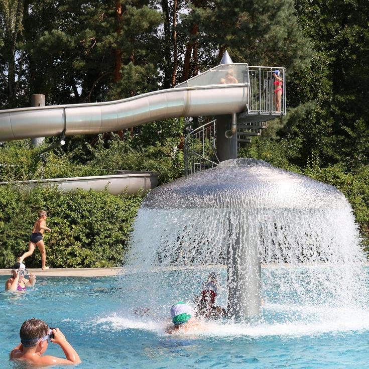 Bild 1: Spielplatz im Erlebnisbad Calau