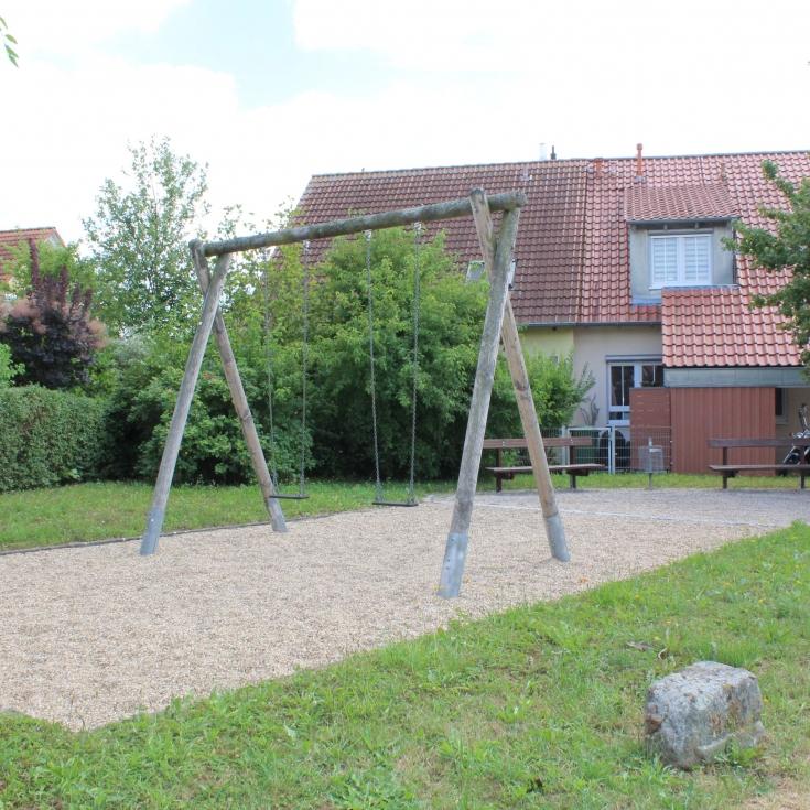 Bild 1: Spielplatz In der Schlaghälde