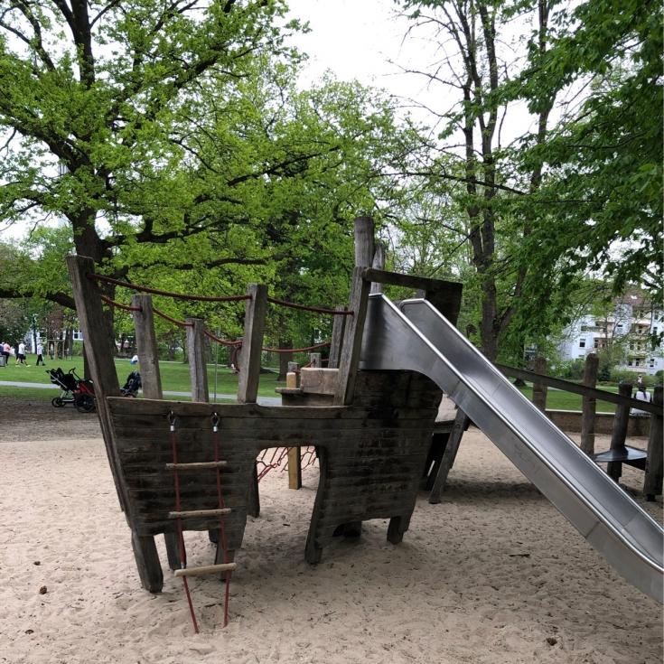 Bild 2: Spielplatz Inselwall
