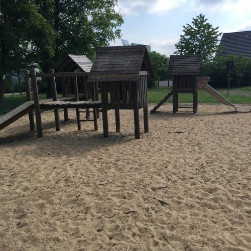 Bild 1: Spielplatz Karl-Kendzia-Weg