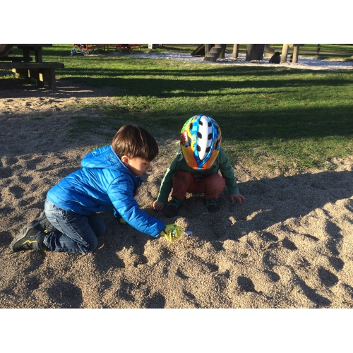 Bild 5: Spielplatz Levinscher Park