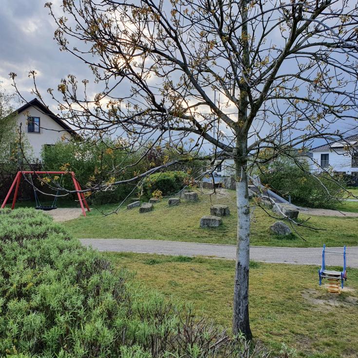 Bild 2: Spielplatz Loe-Auen
